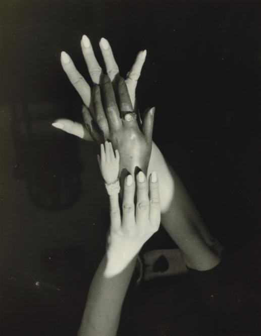 Claude Cahun | Untitled | Surrealist Hands | 1939